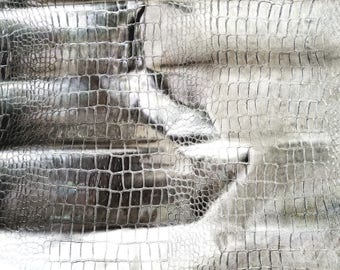 """8"""" X 10"""" Silver Mirrored Embossed Mock Croc / Gator Leather"""