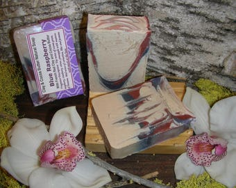 Clay and Cocoa Butter Natural Soap – Blue Raspberry