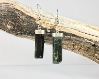 Chrome Diopside Earrings from Afghanistan