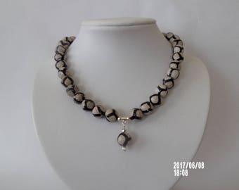 Beautiful Tibetan agate necklace
