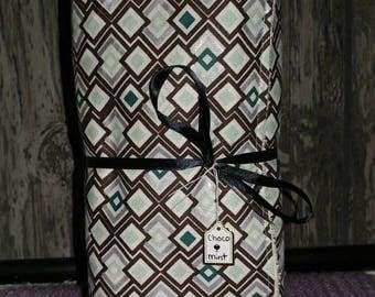 Chocolate mint diamond unpaper towels