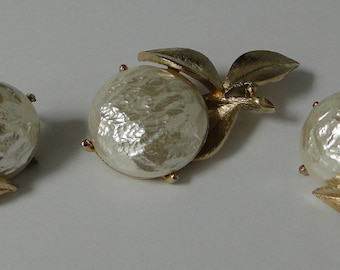 Vintage Sarah Coventry Pin and Earring Set.  Baroque Pearl Bloom Flower Design