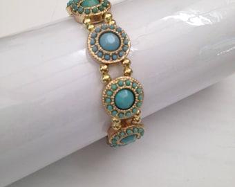 Double-stranded bracelet