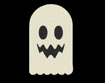 Ghost Embroidery Design - 4x4 & 5x7 Inches Instant Download!