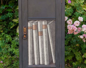 Vintage Trompe L'oeil Book cupboard