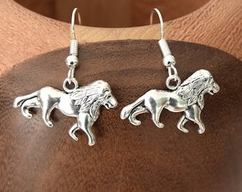 Clips earrings lions, lions silver