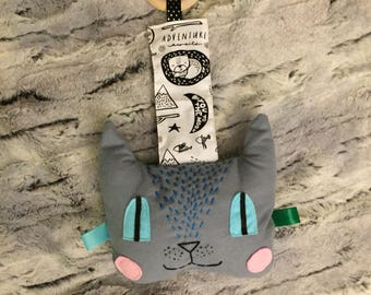 wooden teether, crinkly toy, cat plush toy with wooden teether, taggie