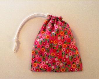 Medium - Lined Drawstring Bag - Pink Print