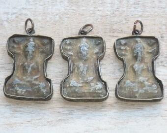Sitting Buddha Pendant, Thailand Sitting Buddha Pendant, Buddha Pendant, Buddha Amulet, Metal Thai Buddha Pendant 25X38MM