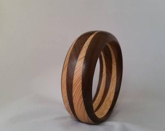 Bracelet with wood ash and Walnut