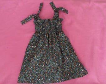 Pretty summer dress fabric smocked Lila Kitchen