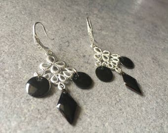 Earrings is romantic and chic