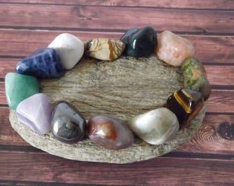 Vide Poche - réalisé  avec des pierres minérales naturelles sur galet