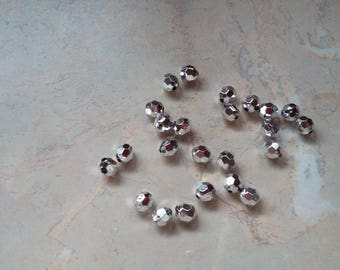 Silver, faceted round acrylic beads 8mm