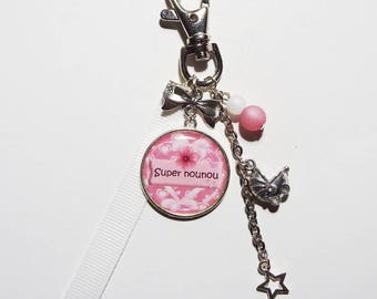 """Keychain - nanny/BABYSITTER """"Great nanny"""" bag charm/gift"""