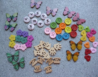 1 lot of 64 buttons wooden rounds, animals, fancy wood