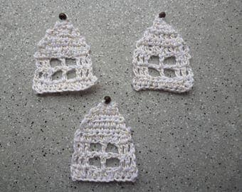 3 houses with crochet thread white gold crocheted