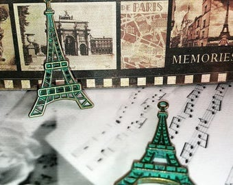 2 gorgeous Eiffel Tower, vintage bronze style patina green with gray pendants, 44 * 25mm