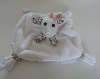 Toy mouse soft for the birth