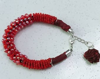 """Bracelet """"Sun setting in New Delhi"""" silk sari recycled from India, Czech beads, seed beads"""