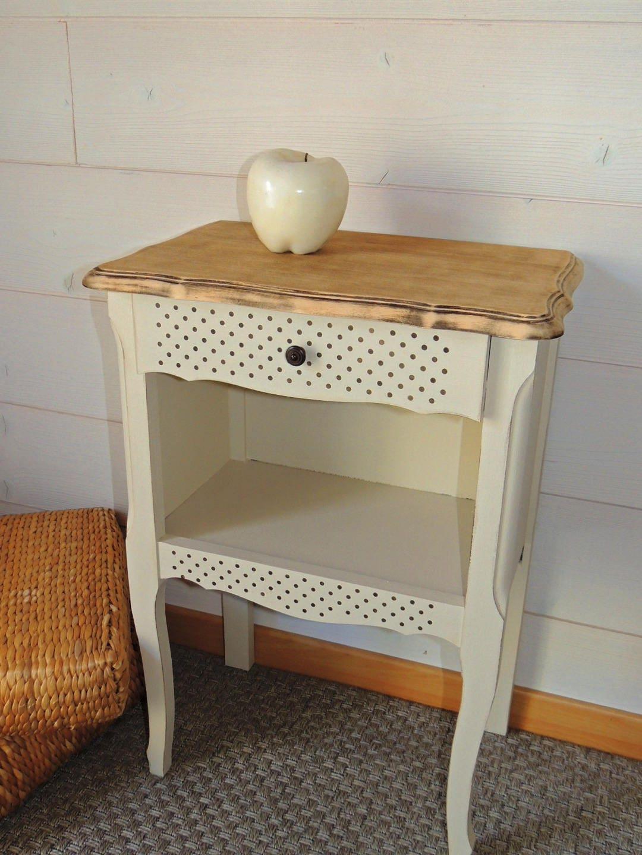 chevet bois ancien relook. Black Bedroom Furniture Sets. Home Design Ideas