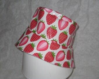 "Rain hat ""Large strawberries"" - 53.5 cm"