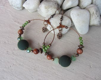 Creole earrings pinecone spirit nature and plant, Brown, green and copper, glass beads, glittery Brown Sunstone charm