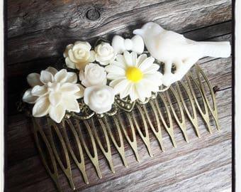 Ivory flower comb, wedding, vintage wedding hair accessory