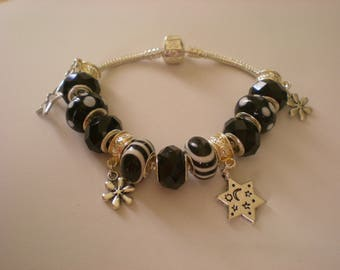 Chic star black and white bracelet style pandor a