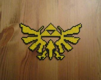 Pixel Art/beading - {The Legend of Zelda} - symbol of Hyrule