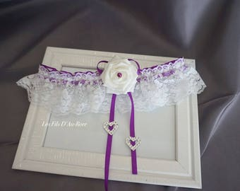ZAHINA garter in white & plum with rose