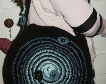 vintage round black crochet shoulder bag