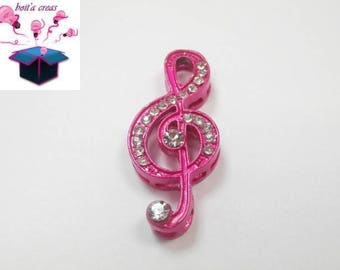 Pink 1 treble clef connector with Rhinestone white size 3.5 x 1.5 cm