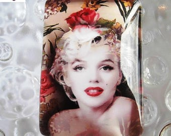 1 glass cabochon size 35 x 25 mm Marylin monroe theme
