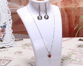 Display bust showcase chain pendant necklace earrings jewelry 1 within 15 days