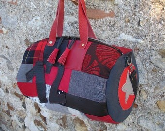 duffel bag in patchwork in shades of red and black