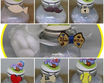 Wooden favors with magnet, to choose between mini Papillon, heart, Vespa, fish, padlock, balls, whisker. Free Engraving