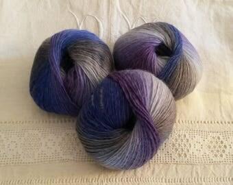 Pelote de pure laine teintée / lavable à 30 degrés