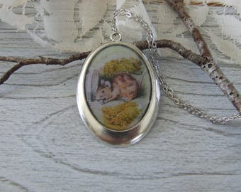 "Great vintage ""Mouse"" hand made resin oval Locket necklace"