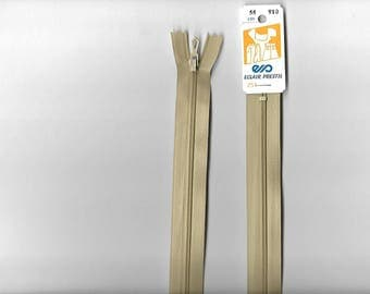 "Closed ""plastic zipper"" 55 cm not separable z51 beige 910."