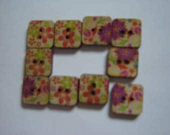 10 BUTTONS WOOD FLOWER SHAPED SQUARES / / 15 MM / / SET 2