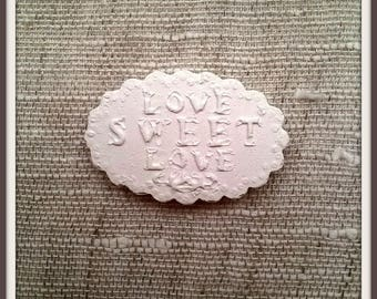 "Decorative plaster lace plate ""Love sweet love"""