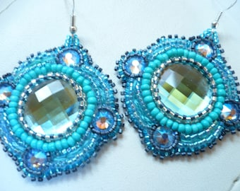 Earrings embroidered in shades of blue seed beads