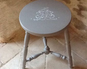 OLD WOODEN ANTIQUE STOOL TABLE TAUPE MONOGRAM