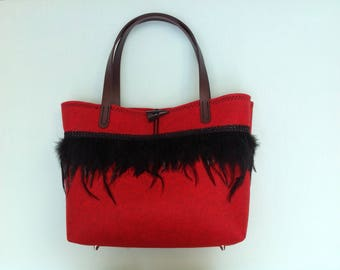 Tote bag, handbag, big basket made thick felt, with real feathers lace Tote