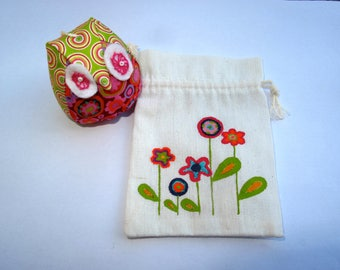 OWL pouch, 3 strand of colorful poetry