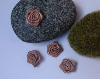 pink color taupe satin - 2 cm in diameter