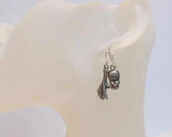 Skull leg chicken asymmetrical earrings
