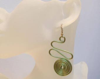 ABSTRACT Green Aluminum Wire Earrings