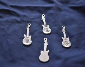 Pretty metal guitar charm